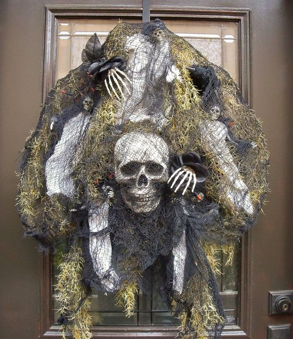 Halloween; Wreath Creepy Skull Halloween Wreath by LuxeWreaths, on - skull halloween decorations