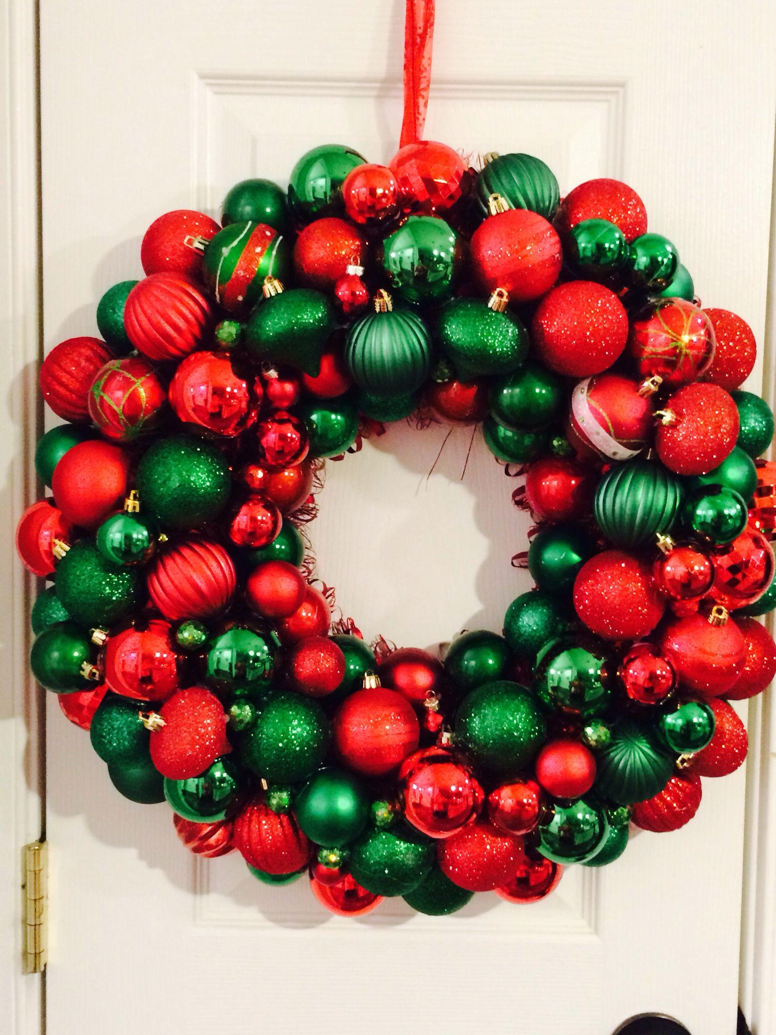 Handmade Ornament Wreath Red & Green ⭐️