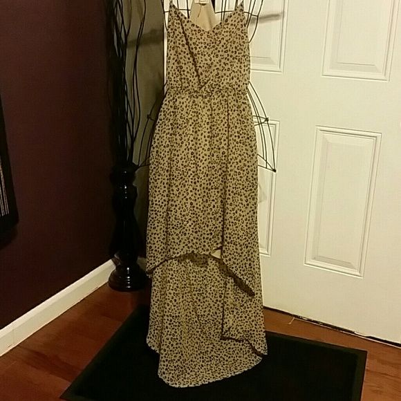 "Freebird by Free People high low Dress sz Med Perfect condition from a smoke and pet free home, open back, very elastic waist, cheetah print   Waist 11"" Bust 15"" Length front 25"" Length back 51"" Free People Dresses High Low"