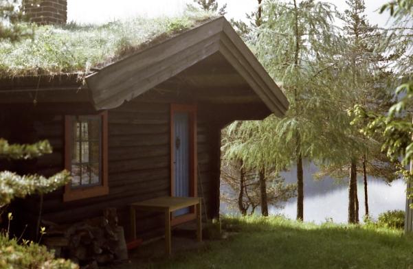 Hütte am Fjord, Foto: U. Kretschmer