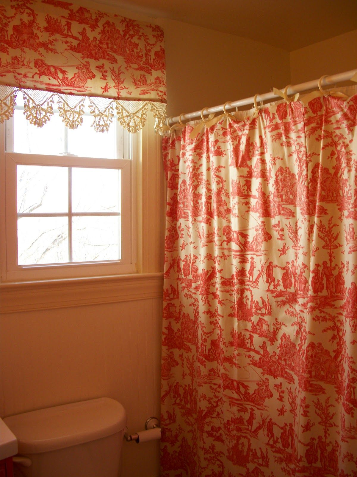 print of red toile curtains decorating ideas interior design ideas rh pinterest co uk