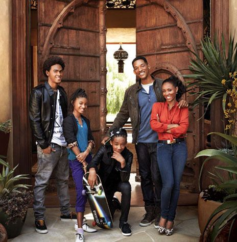 King will smith king jada pinkett with king willow smith and king king will smith king jada pinkett with king willow smith and king jaden smith voltagebd Image collections