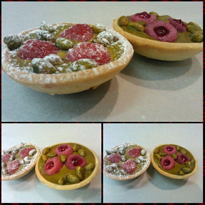 Tart pistachio raspberry