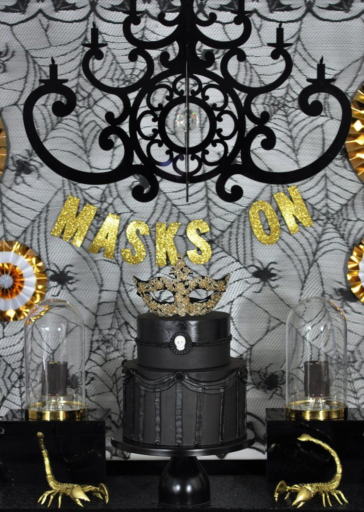3 ideas for halloween decor using acrylic chandeliers chandeliers rh pinterest com