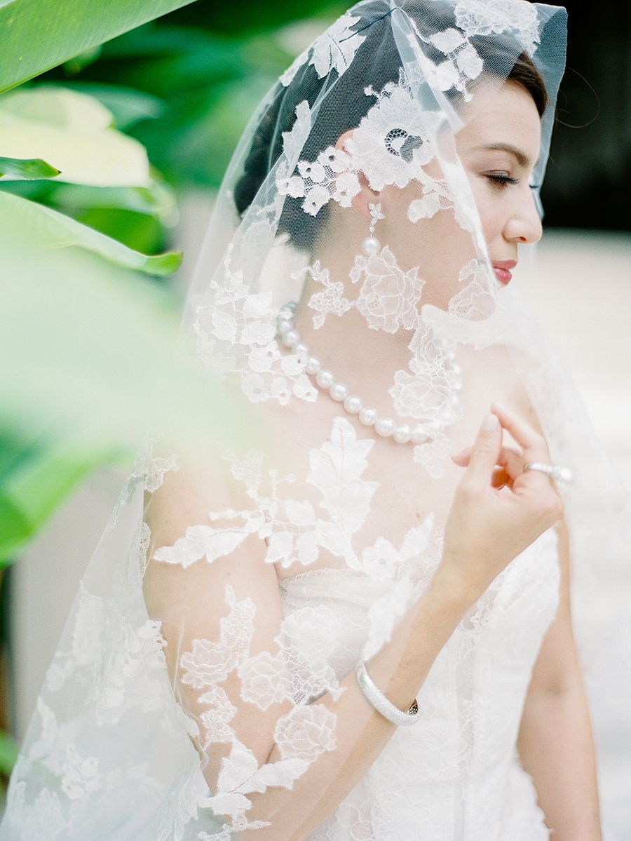 Perfect Pairings A Styled Shoot With Vera Wang Gowns