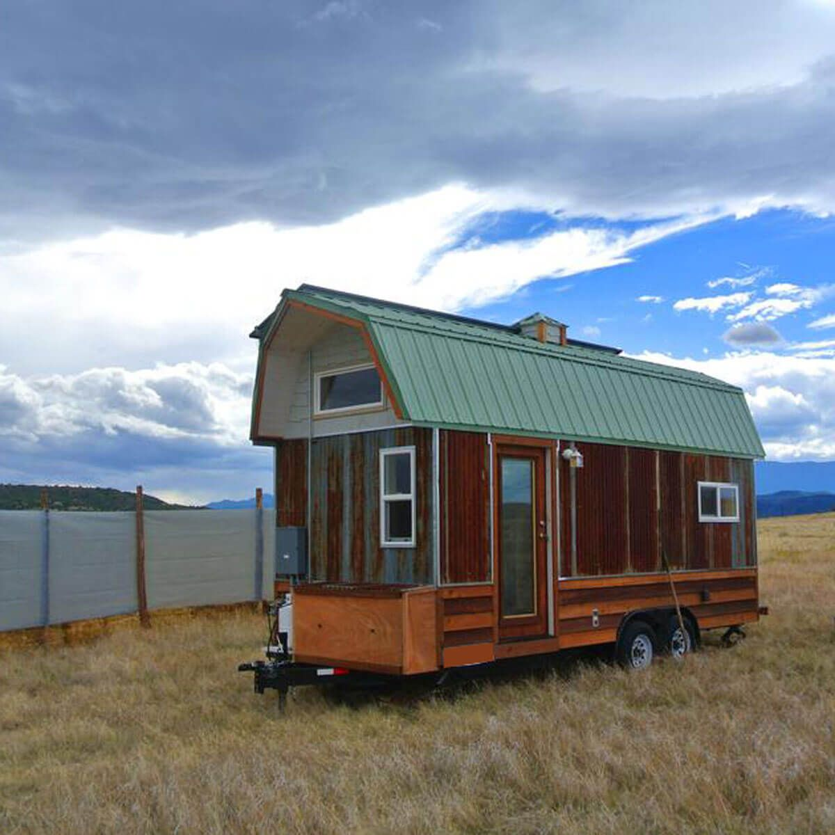25 tiny homes built from recycled material in 2020 tiny