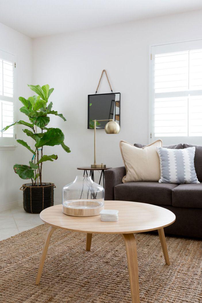 A Coupleu0027s Clean Slate LA Home Room