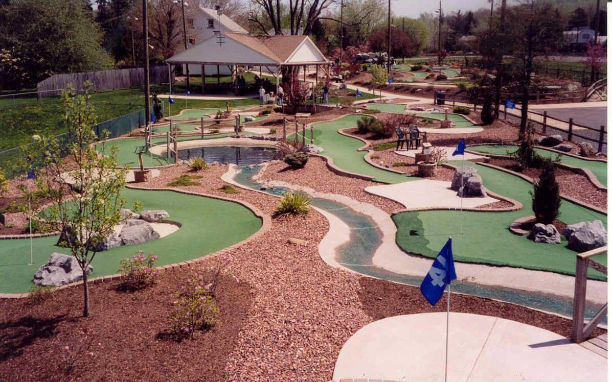 "Putt U ""The Highest Degree of Miniature Golf"