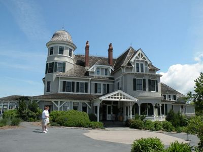 Castle Hill Inn Resort Functions As A Hotel Restaurant Meeting Facility And One