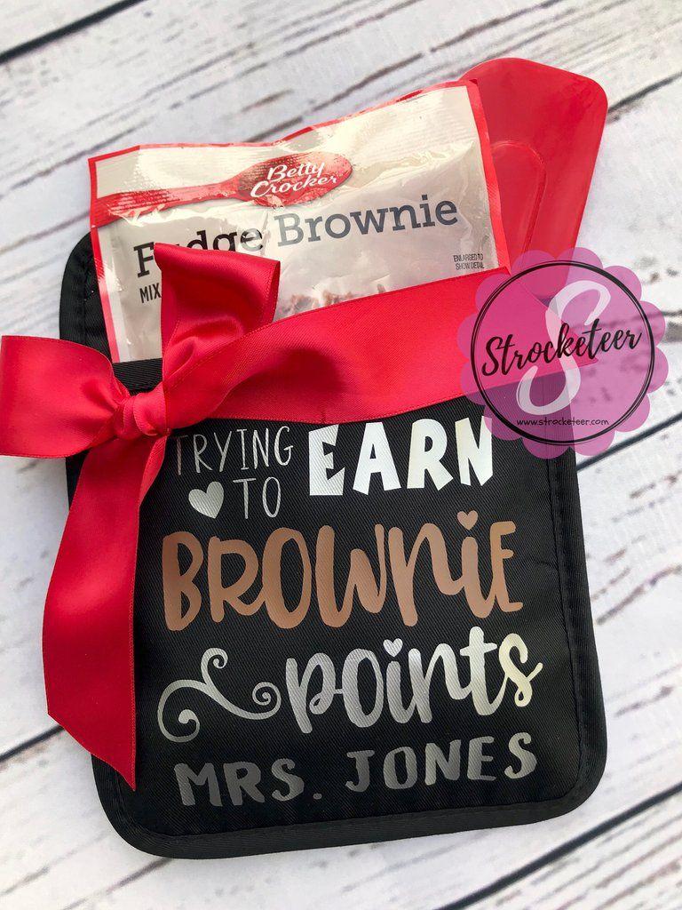trying to earn brownie points potholder gift set teacher gift rh pinterest com