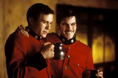 (Left to right) Heath Ledger as Harry and Wes Bentley as Durrance