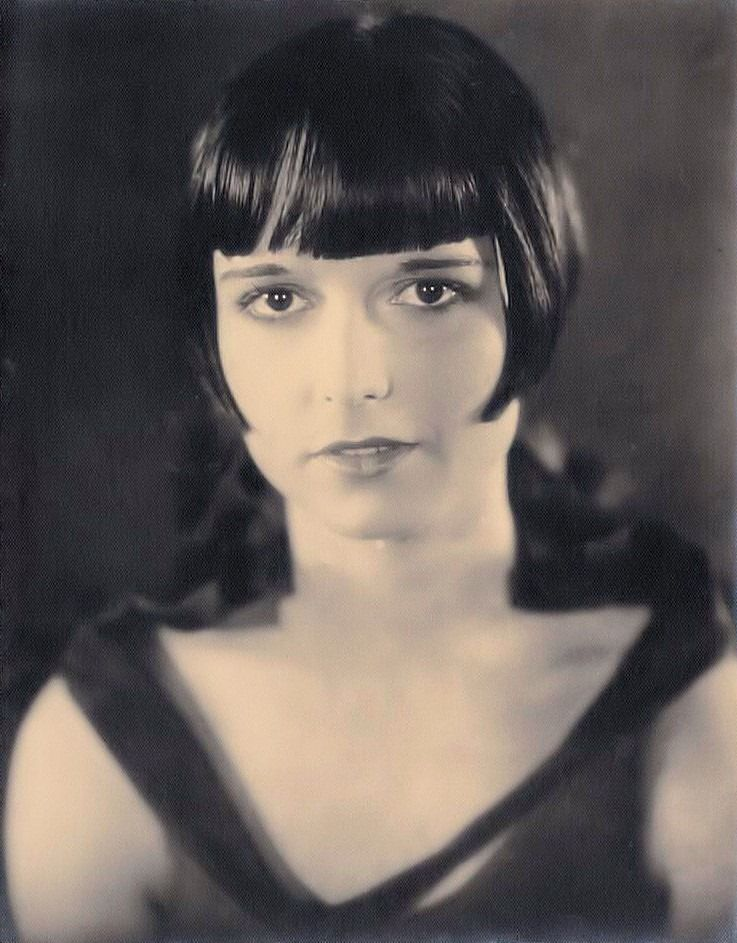 Pin By Shelly Threlkel On 1920s Bob Haircuts Pinterest Louise