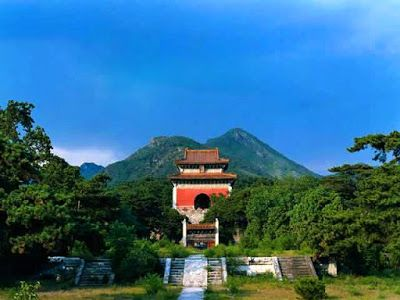 Wisata Beijing China Ming Dynasty Imperial Tombs In Beijing