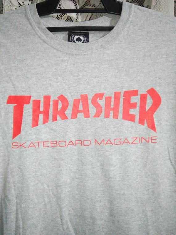 Vintage 1990s Thrasher Magazine Skateboard Red Logo T-shirt