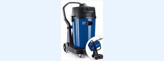 SpaceVac 700 Gutter Vacuuming