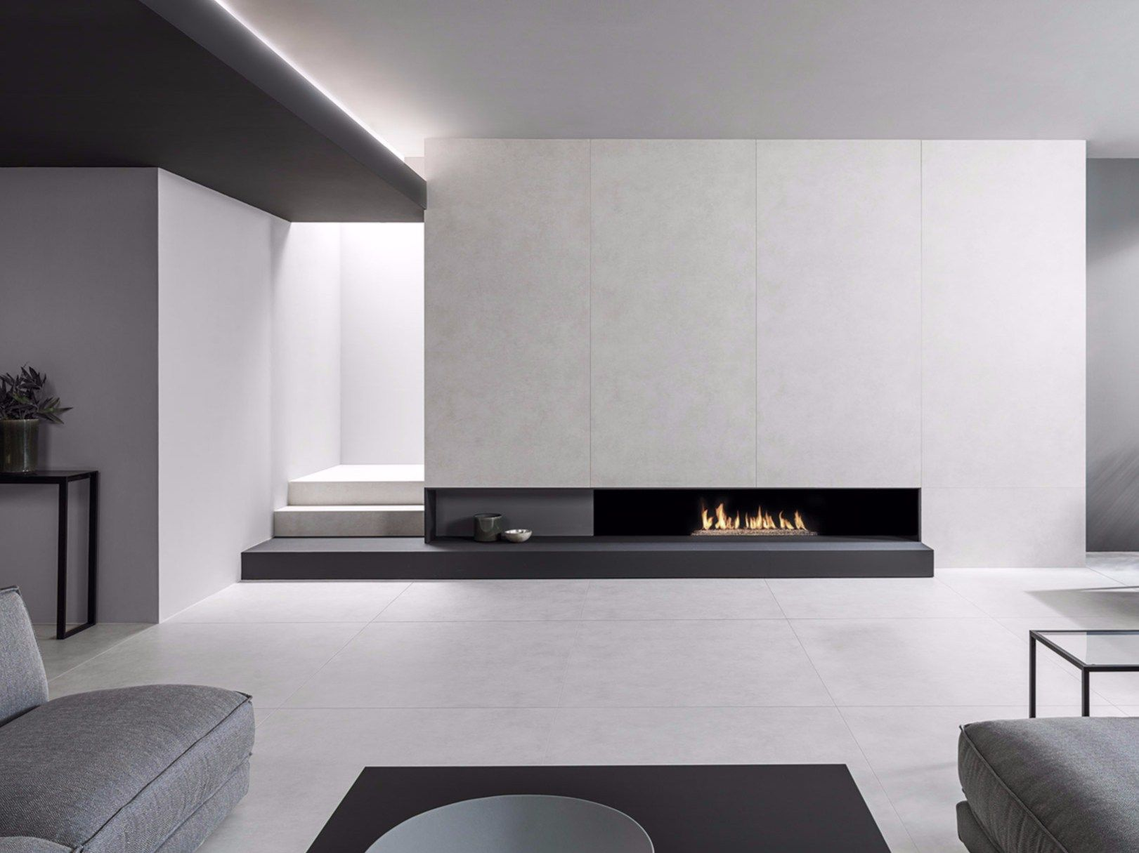 Plint gaat over in trap huis interieur design