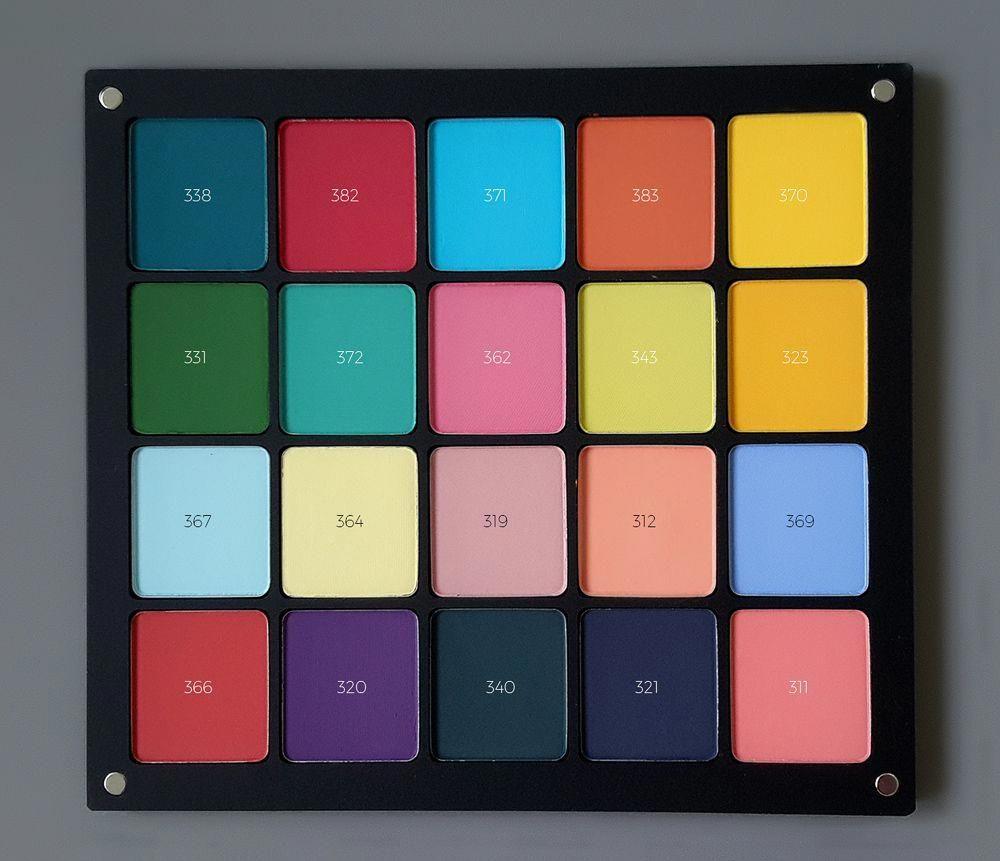 Inglot 10 Pan Square Eyeshadow Palette Swatches