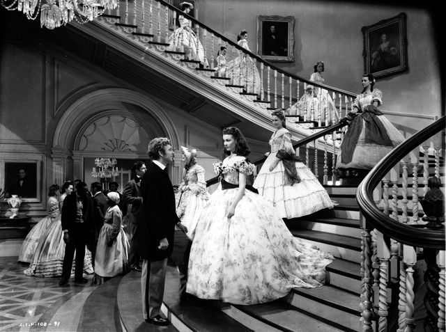 Charles meets Scarlett on the staircase at Twelve Oaks ...