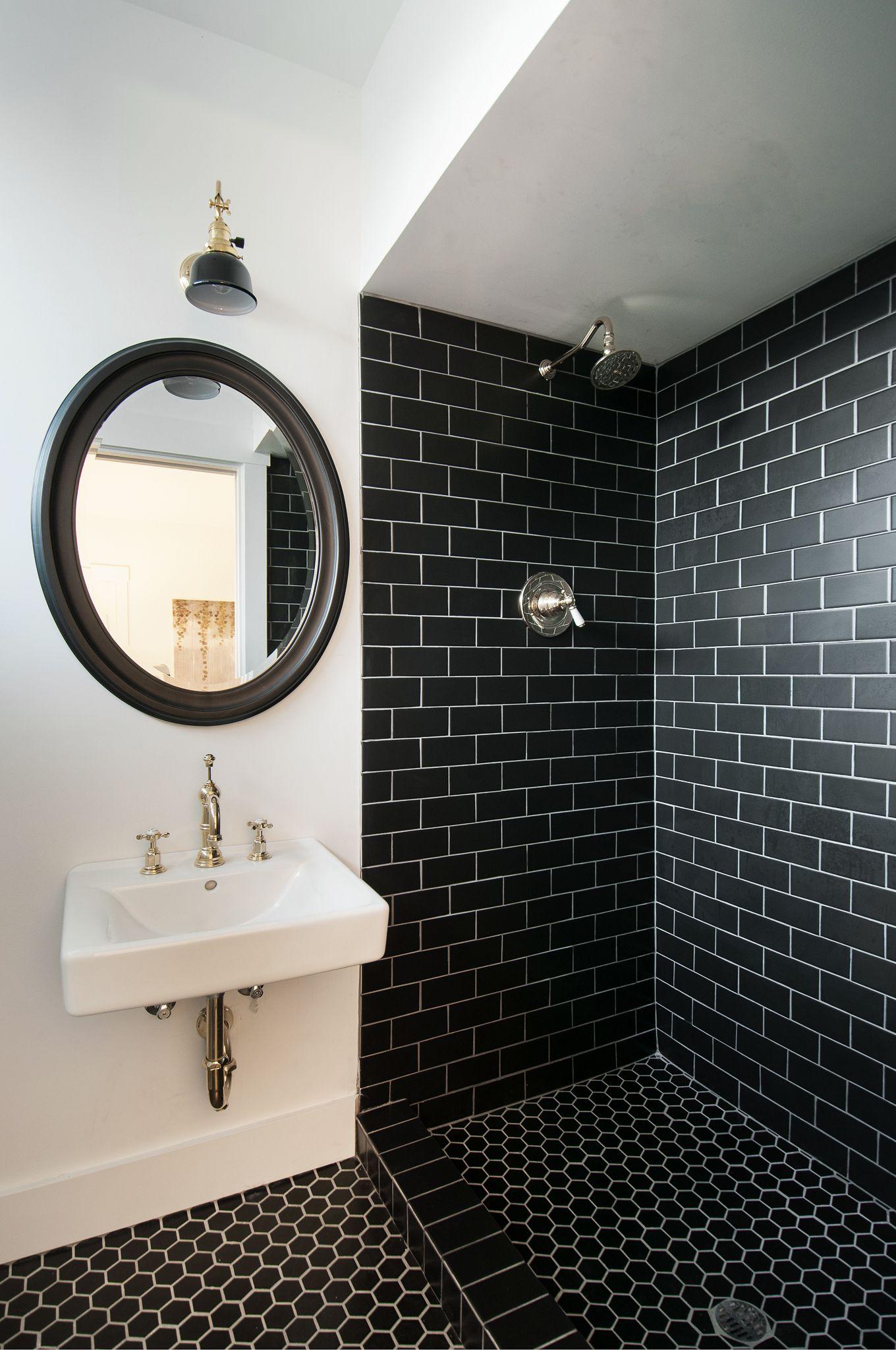 friday inspiration architecture in 2019 dwellings black tile rh pinterest com