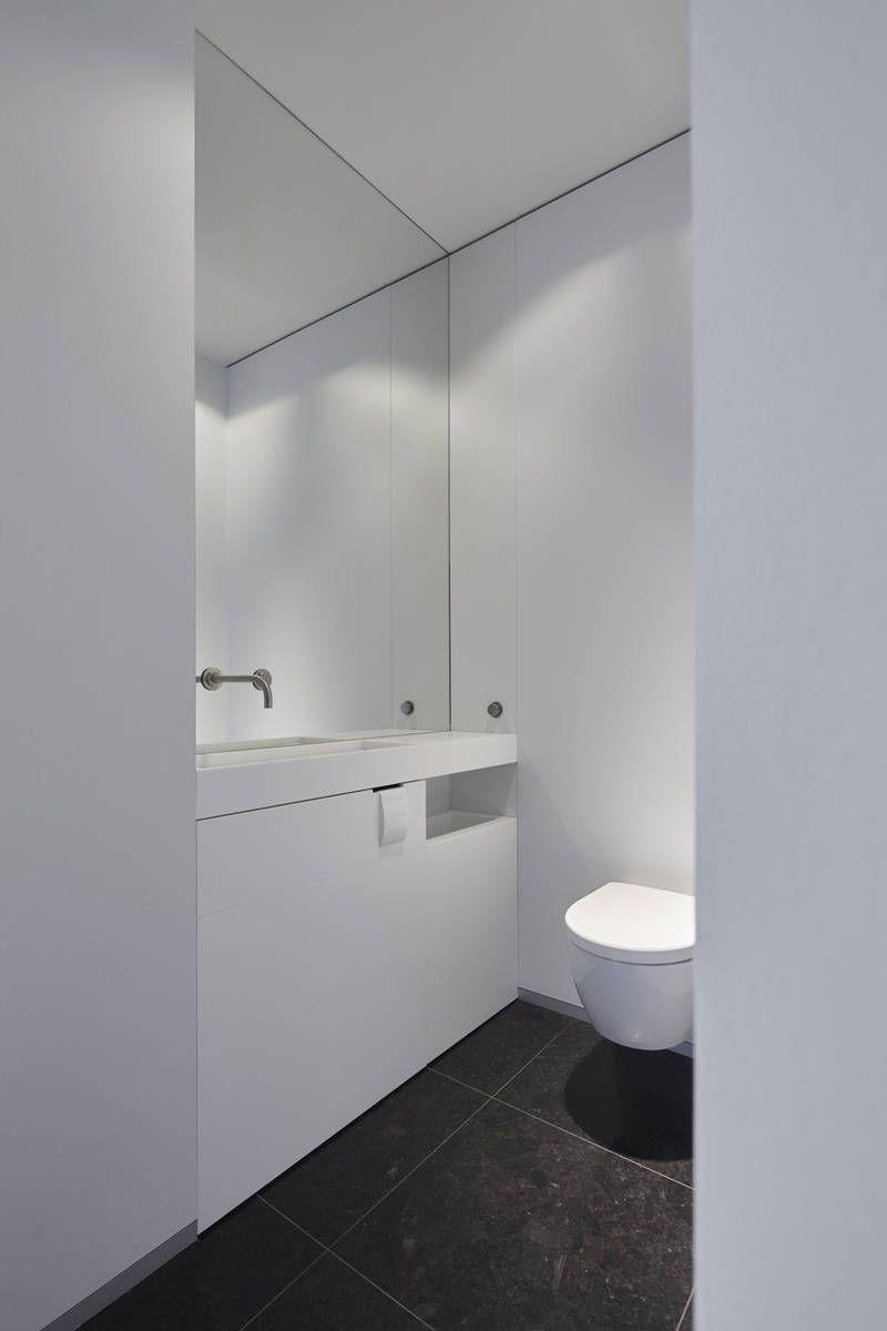 Room Toilet in hal Gent