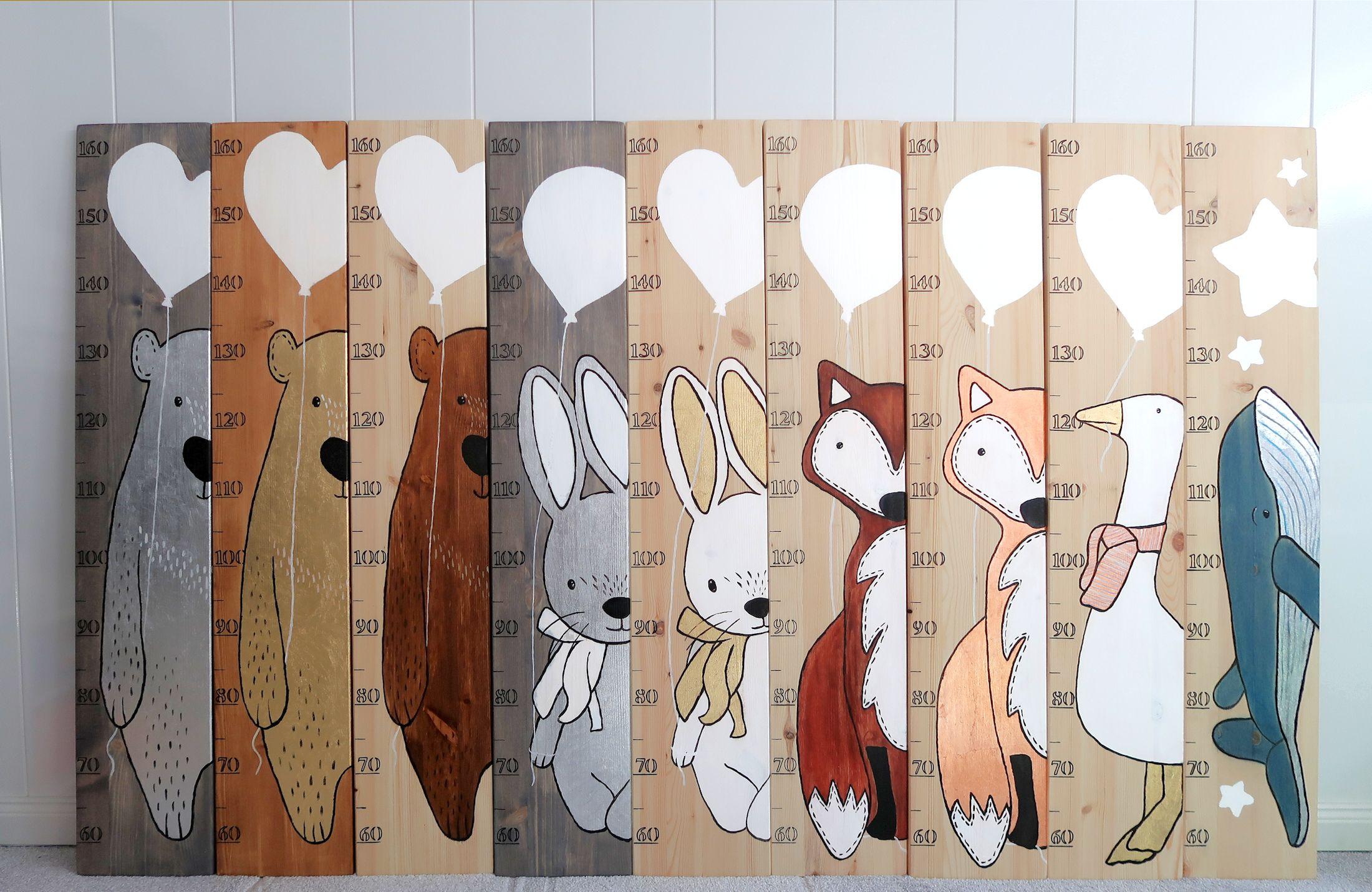 Personalisierte Kinder Messlatte aus Natur Holz FUCHS