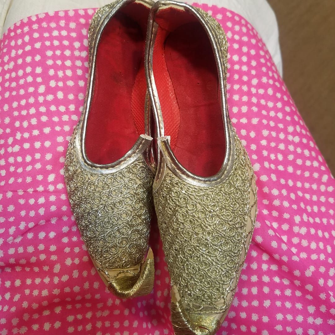 Kids Girls Shimmery Sparkly Traditional Ethnic Bridesmaid Handmade Leather Flat Khussa Indian Pumps Slip on Shoes Size