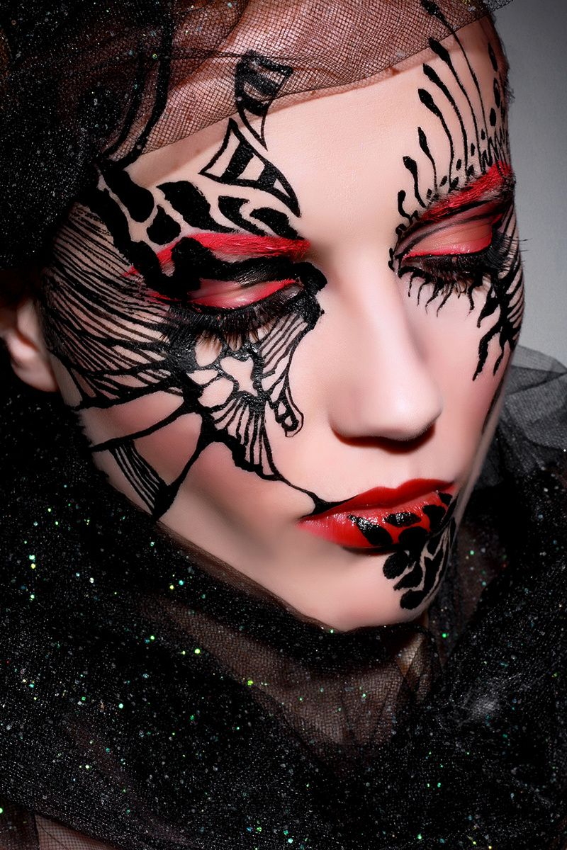 UK makeup artist Anya Art Cameleon