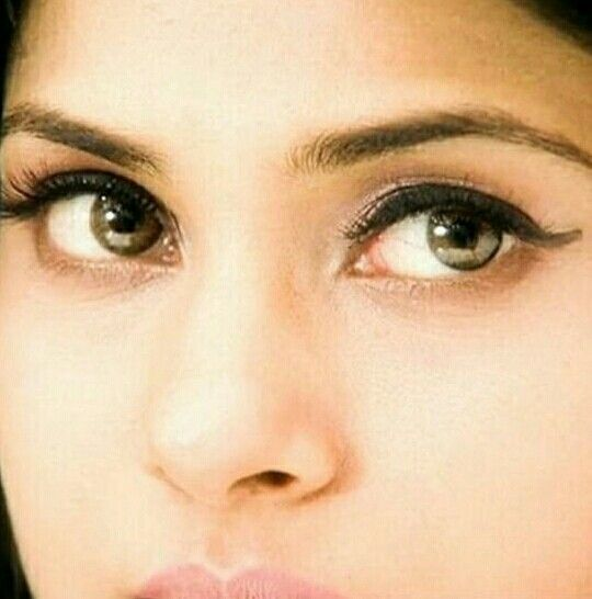 Innocent Look Jennifer Winget Beautiful Eyes Jennifer Winget Beyhadh