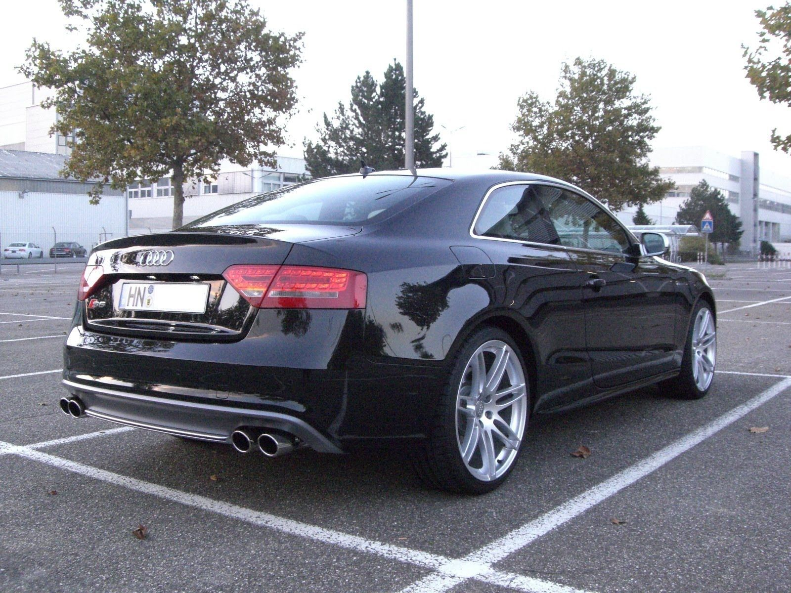 audi s5 coupe 4 2 v8 tiptronic with capristo flap exhaust. Black Bedroom Furniture Sets. Home Design Ideas