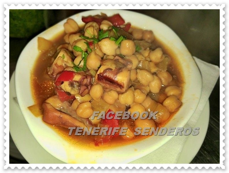 Tasca Los Palomeros - Geneto  #food #comida #tapas #guachinches #gastronomia #ricorico #hikingtenerife #tenerifesenderos
