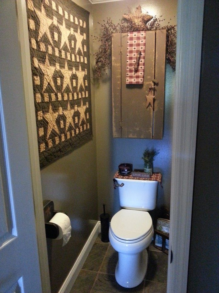 nice suggestion of what could happen as decor in a small powder room primitive decor. Black Bedroom Furniture Sets. Home Design Ideas