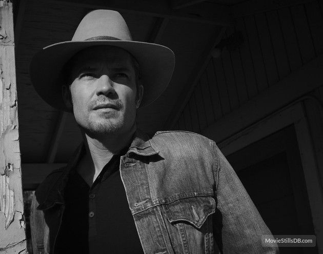 Justified - Promo shot of Timothy Olyphant