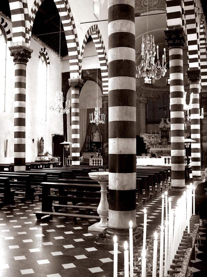 horizontal striped church in italy probably tuscany italian rh pinterest com