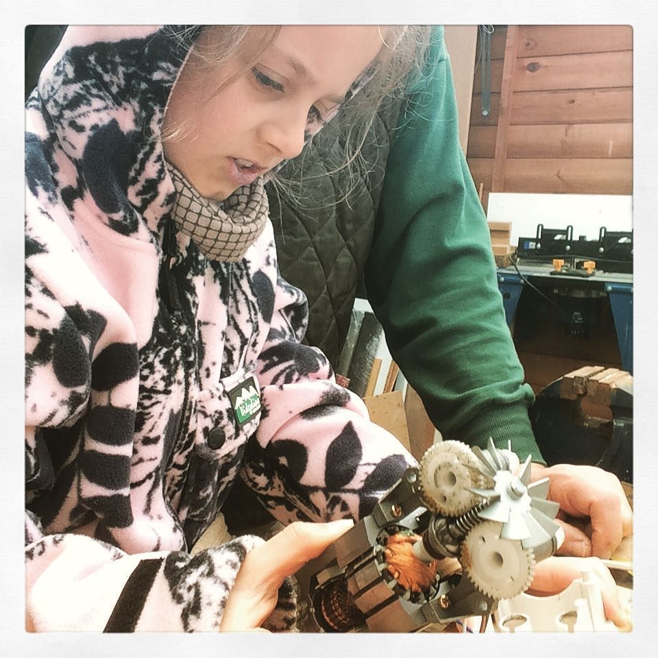 Giving kids any broken items means they can disassemble it without the worry of 'breaking' it or 'getting it wrong'. With their own tool kit and bench they can explore how things are made and keep the parts to make their own things. #girlsinengineering #makersmovement #youngmakers #youngengineer