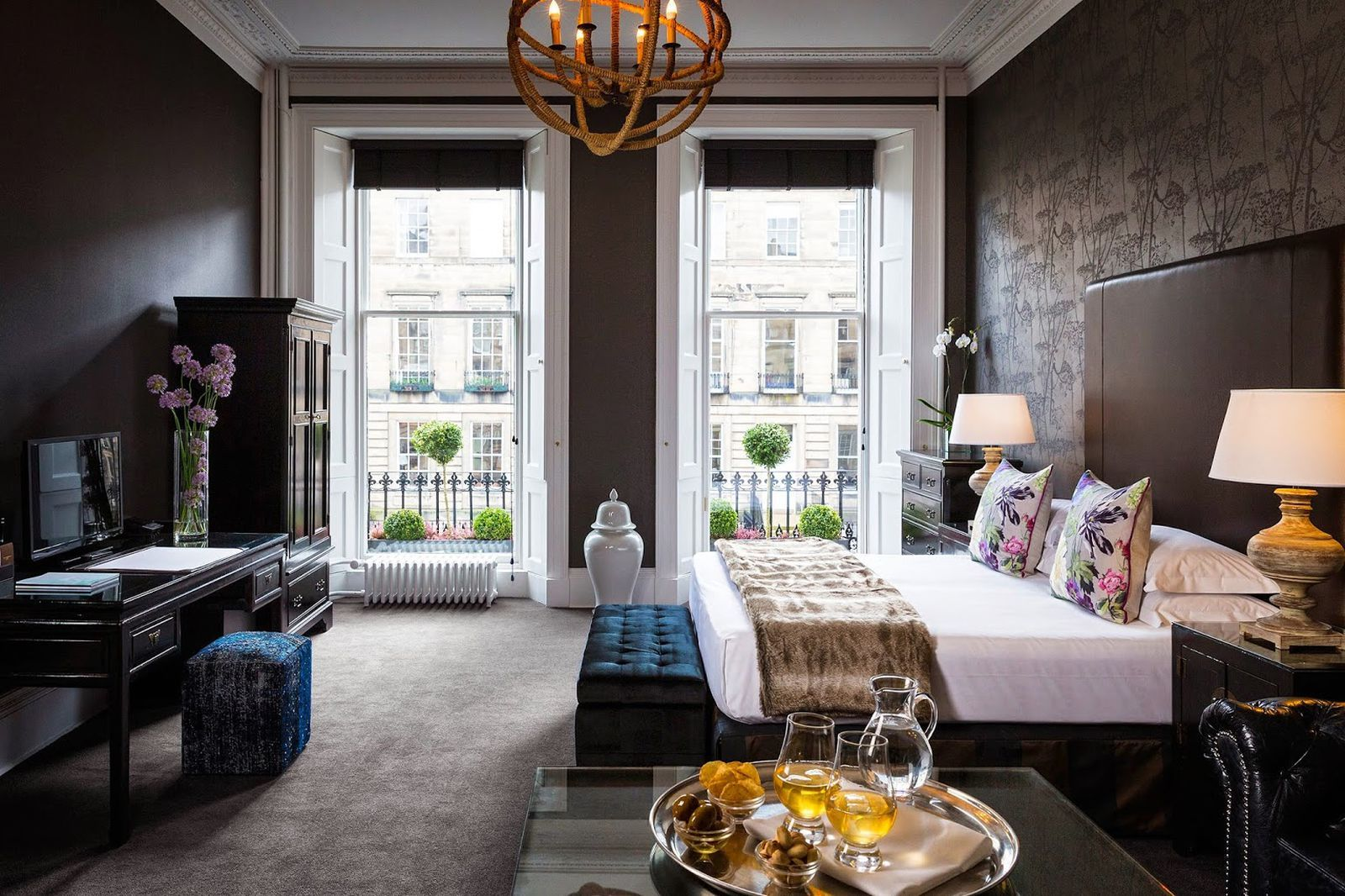 Our Edinburgh Luxury Hotel Blends Bohemian Chic With Contemporary Comfort Nira Caledonia Is A Boutique In Scotland