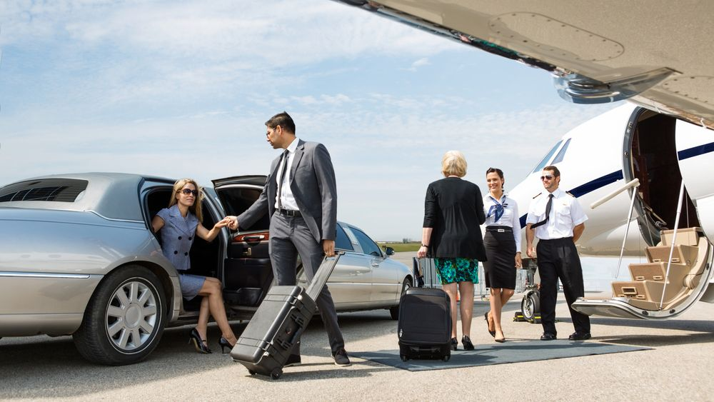 Book airport transfers now get the best deal private
