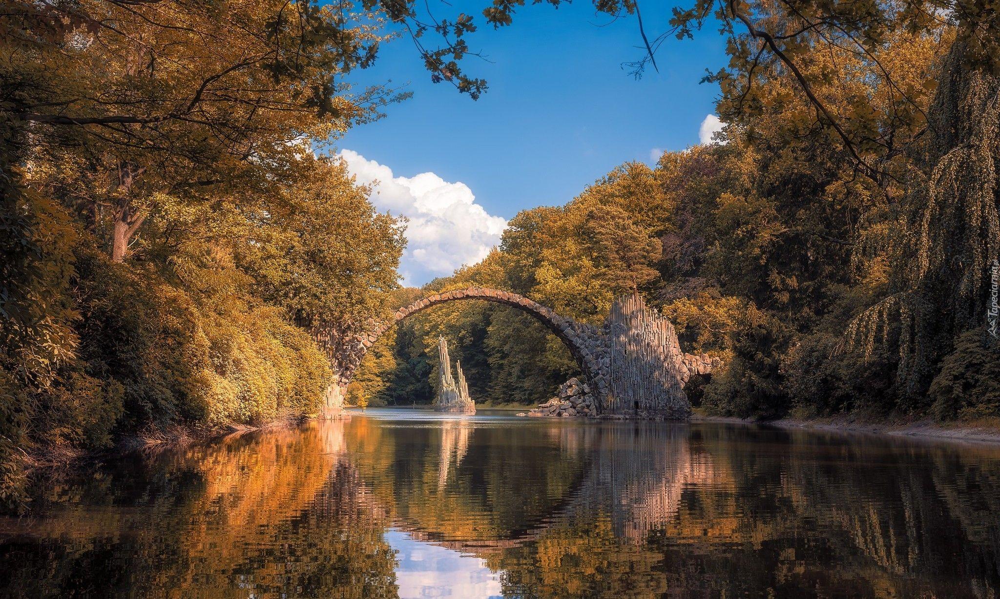 Niemcy, Saksonia, Park Rododendronów Kromlau, Kamienny, Most