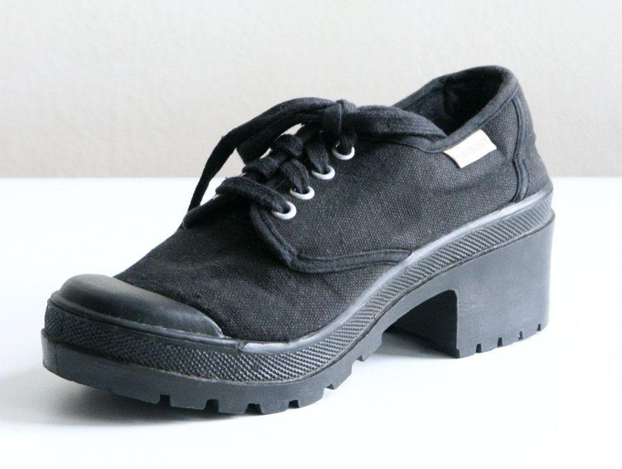 985144da779 Chunky Black 90s Sam   Libby Canvas Platform Sneakers Size 7.5