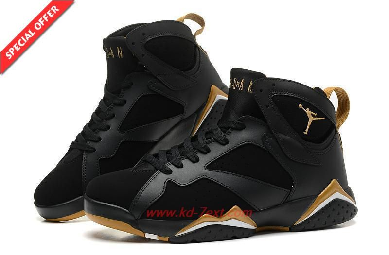 Mens Black/Gold 304774-030 GOLDEN MOMENT AIR JORDAN 7 RETRO