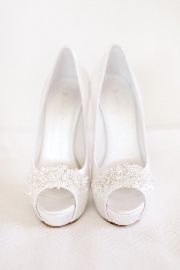 Classy wedding shoes; photo: Facibeni Fotografia