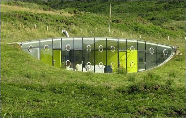 malator underground house, galles case nella terra: ecco le più