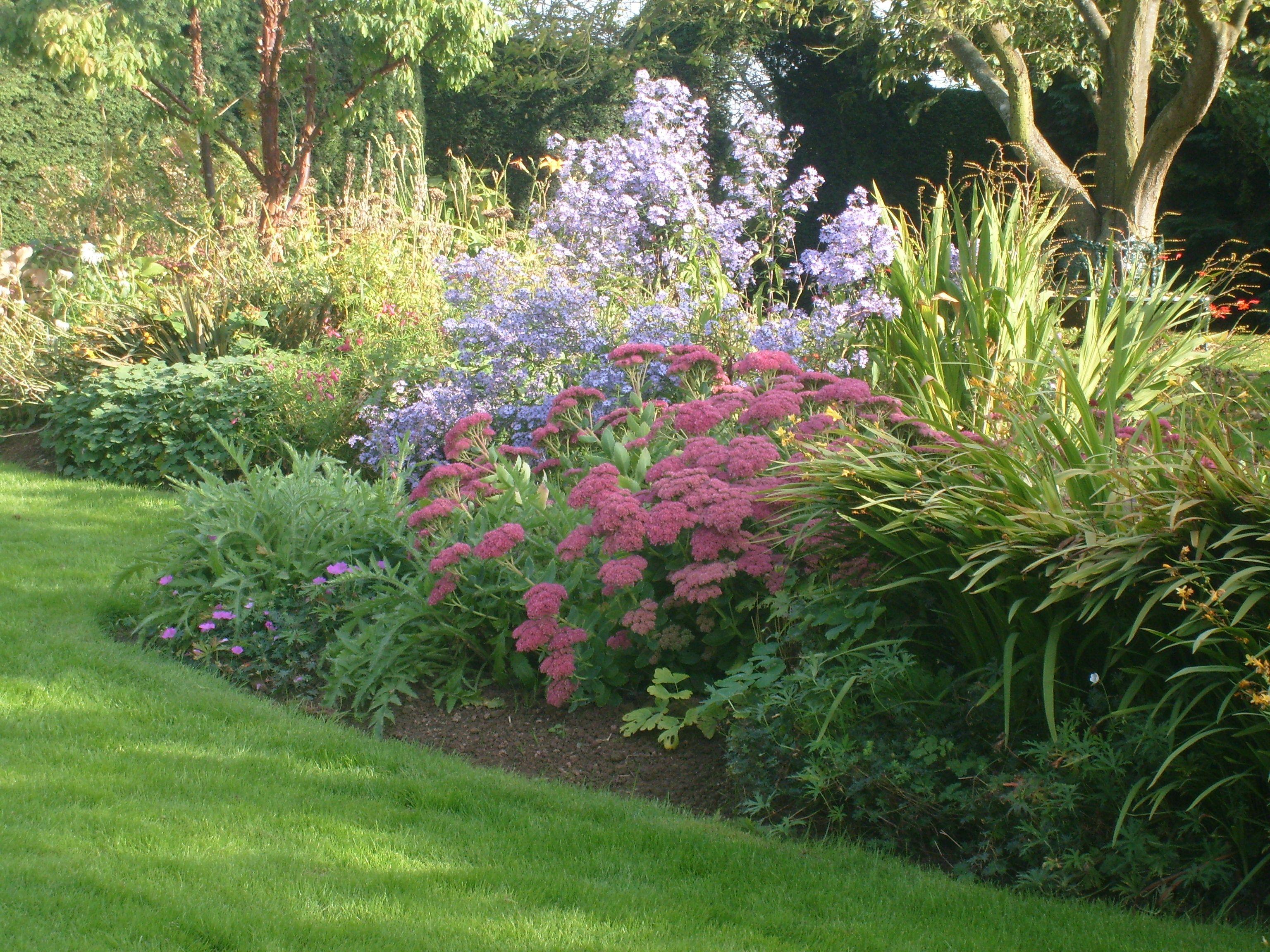 English Country Garden – September 08 | English country gardens ...
