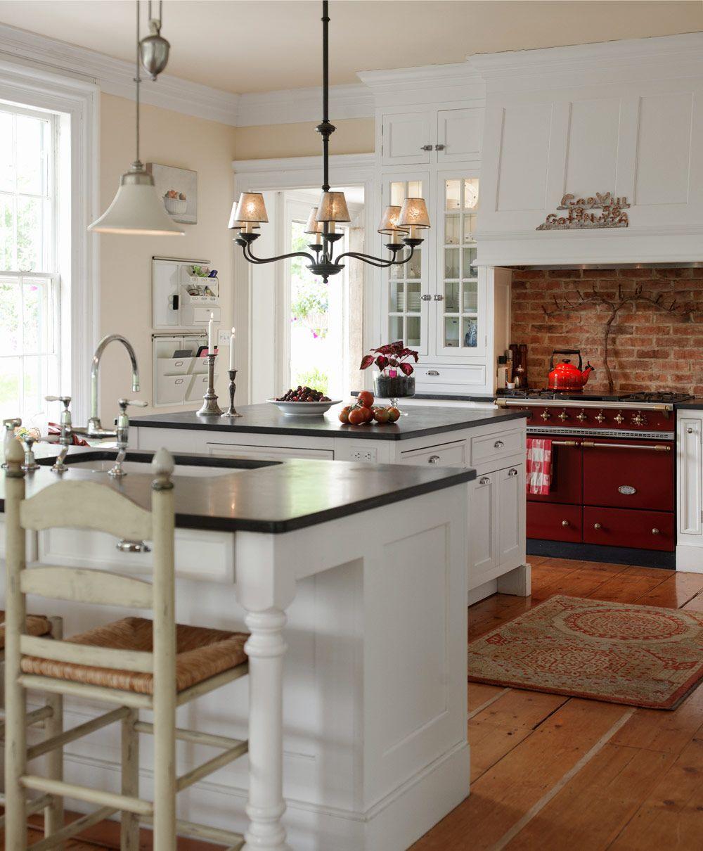 Klassisk Amerikansk Inredning Fint Mixat Med Skandinaviska Detaljer Home Kitchens Kitchen Interior Interior Design Kitchen