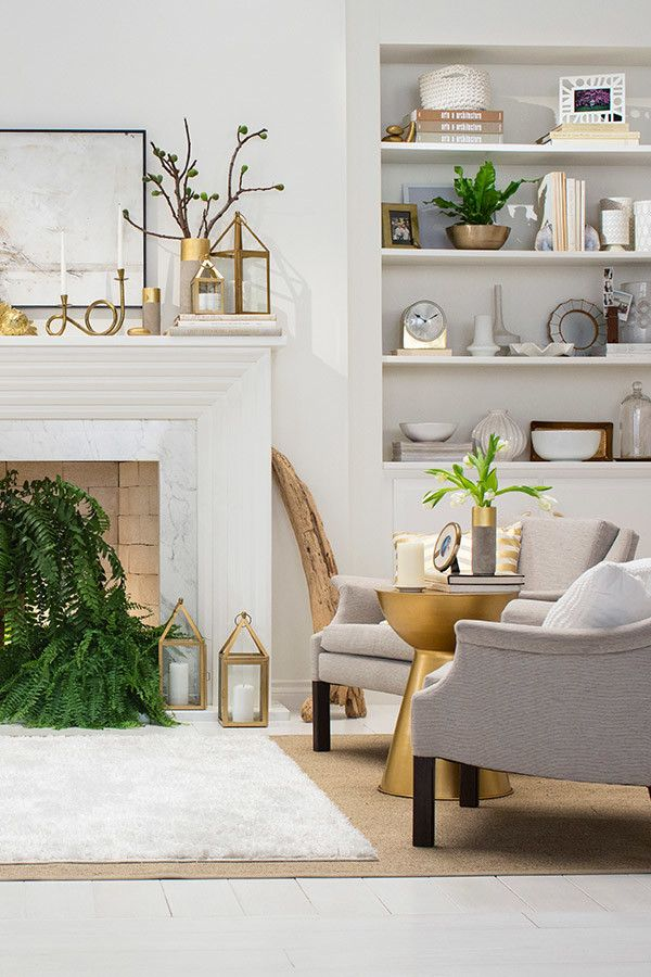 don't forget about the mantle when decorating coordinate