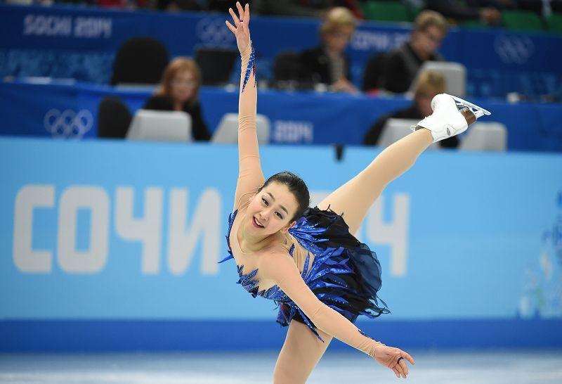 ソチ冬季五輪、フィギュアスケート女子シングル・フリースケーティング(FS)。演技に臨む浅田真央(Mao Asada、2014年2月20日撮影)。(c)AFP/DAMIEN MEYER (800×546) http://pic.sports.sohu.com/detail-535142-12.shtml#12 http://www.afpbb.com/articles/-/3008974