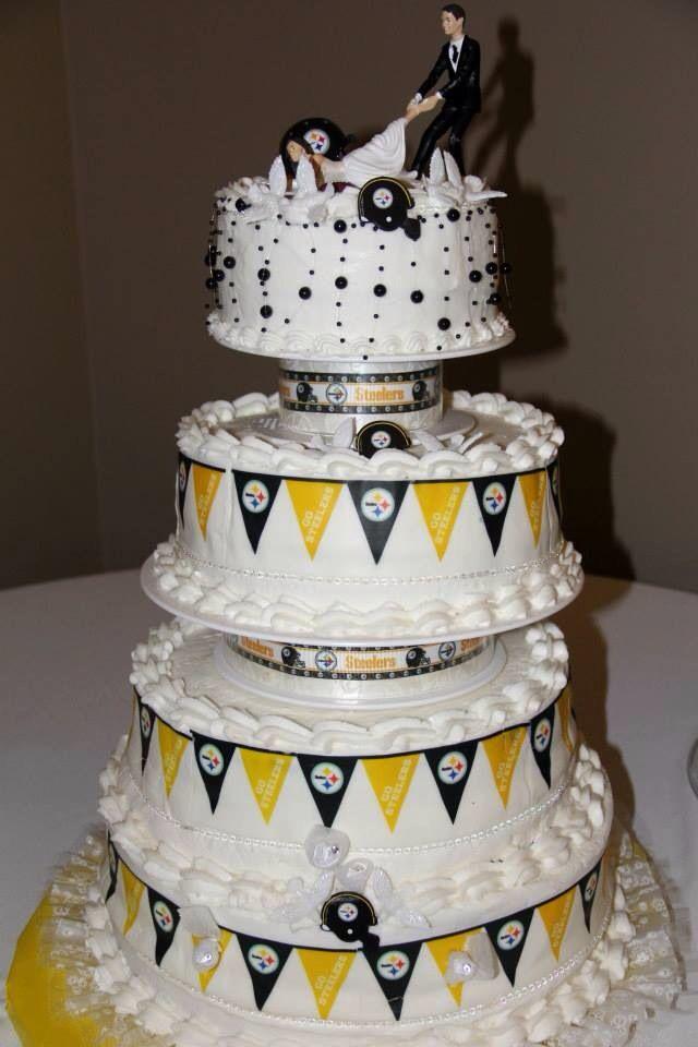 Steelers wedding cake My Pittsburgh Steelers wedding Pinterest