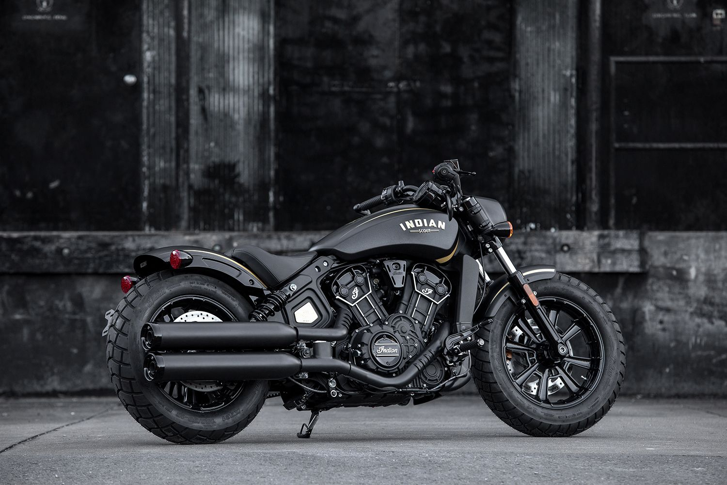 Jack Daniel S Limited Edition Indian Scout Bobber Combines Two Iconic American Brands The Drive Indian Motorcycle Scout Indian Motorcycle Indian Scout [ 1000 x 1500 Pixel ]