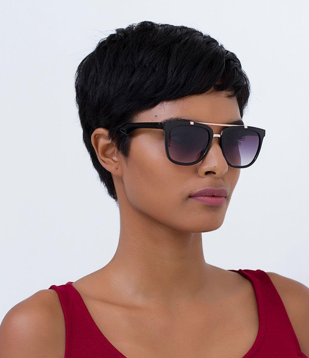Óculos de sol Modelo quadrado Hastes em acetato Lentes fumê Proteção contra  raios UVA   UVB 9196a929e9