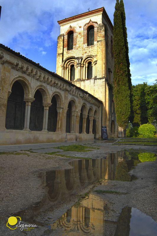 ¿Sabías que la iglesia San Juan de los Caballeros, en Segovia, estuvo abandonada tras la desamortización y que posteriormente fue utilizada como almacén y garaje? http://goo.gl/GzqVTo