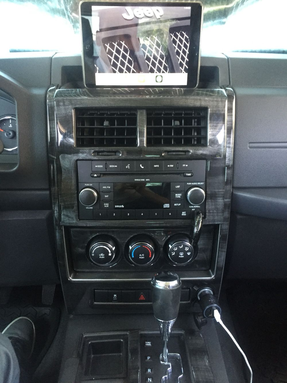 Ipad Mini In Jeep Liberty Kk 2011 Held Place By A Magnate I Dash 2003 Chevy Silverado Also Updated My Trim To Remin Ebony Zebra Kit